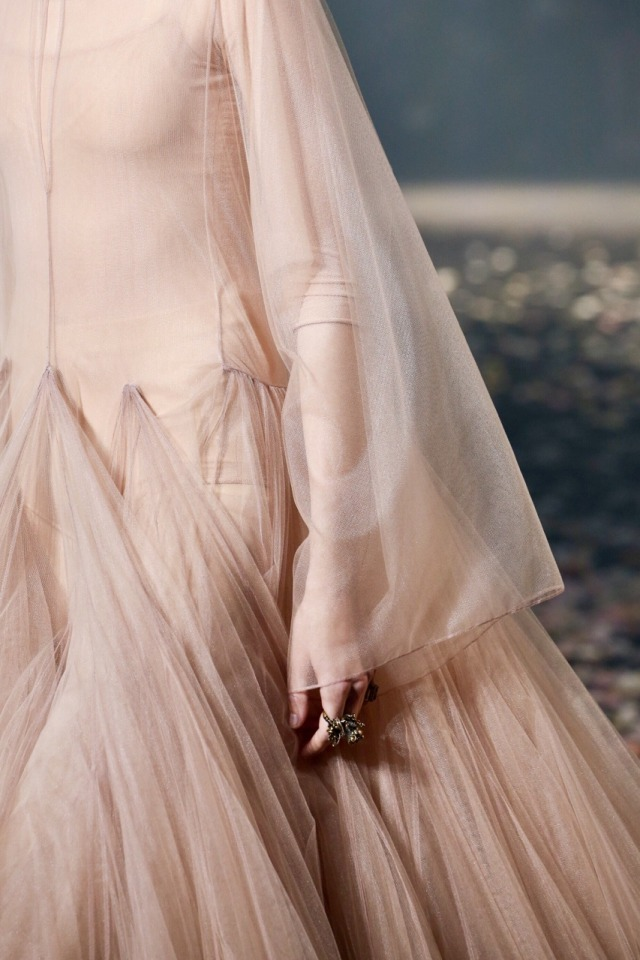 Christian Dior - S/S 2019 #alqualonde#falmari#teleri#christian dior#fashion
