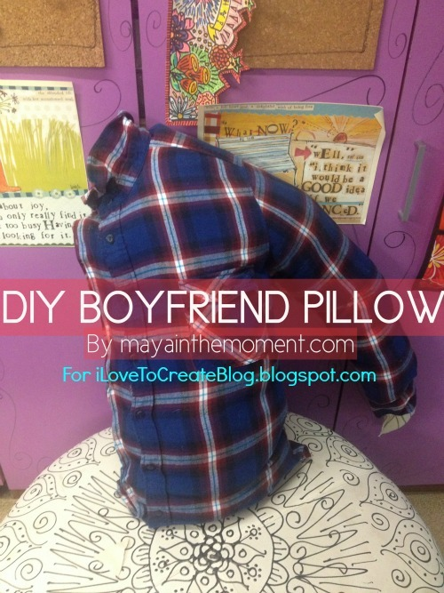 truebluemeandyou:  DIY Easy Glee Boyfriend Pillow from i love to create here. This is no sew and so easy with a short video tutorial.
