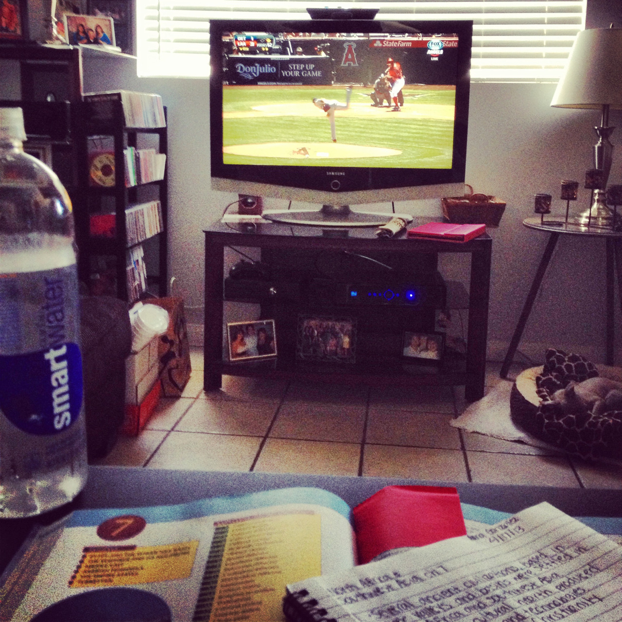 annagee23:  Sunday. Angels. Homework.