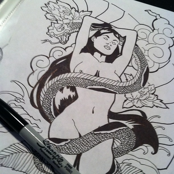 babybutta:  sensualproverb:  omg yes  People who draw with anything other than pencil i envy.