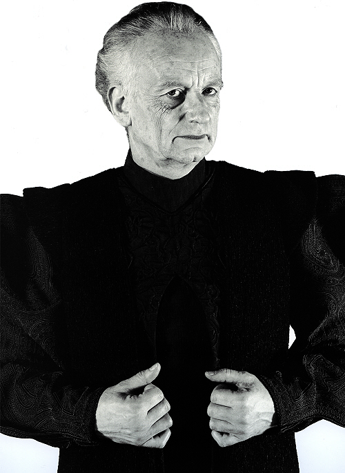 starwarsvillains:   Chancellor Palpatine (Attack of the Clones)  Taken from Dressing a Galaxy: The Costumes of Star Wars