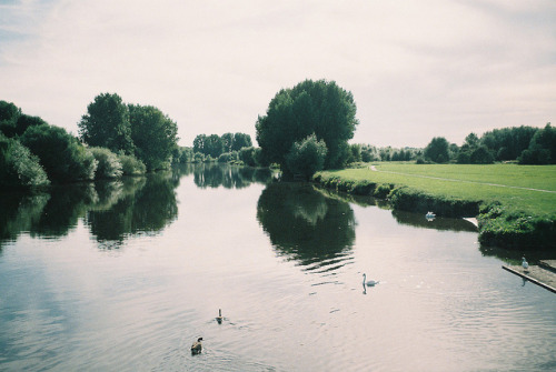 take-me-away-to-neverland:  ot35 - river trent by johnnytakespictures on Flickr.