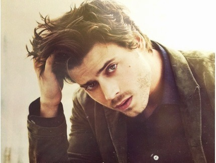 so-fabulous-it-hurts:  Francois Arnaud.