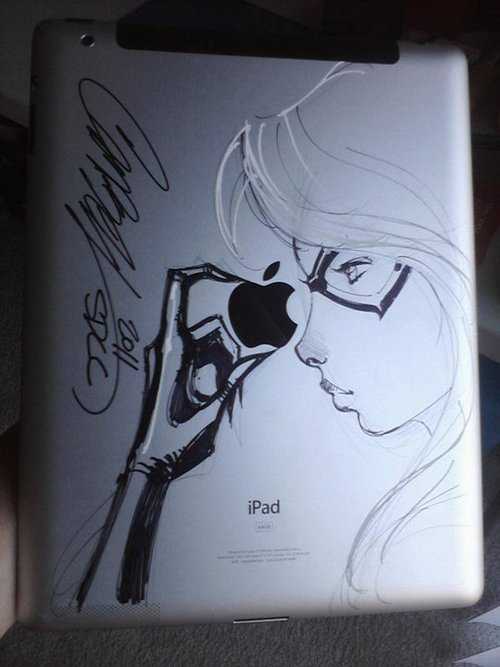 blackcatfelicia:  Felicia Drawn on the Back of an iPad 2 by J Scott Campbell for Alexandra Threw at SDCC.