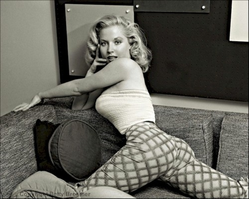 The Amazing Betty Brosmer. (C.1960)
