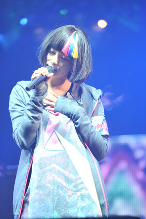 Short haired Galaco :) galaxias! at COUNTDOWN JAPAN 2012
