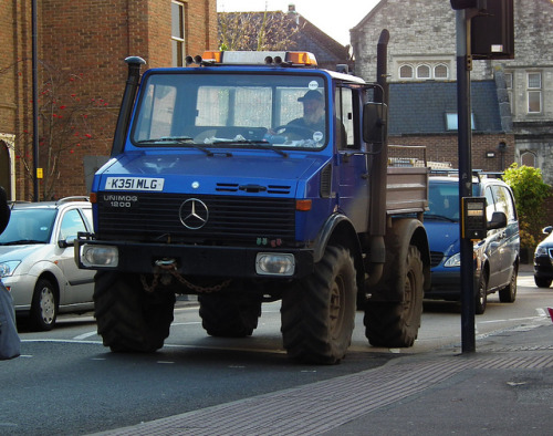 b1gr1gs:  Unimog 1200 by kenjonbro on Flickr. Via Flickr: 1993 Mercedes-Benz Unimog 1200 ( UNIversal-MOtor-Gerät )