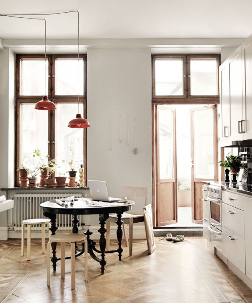 fromscandinaviawithlove:  A home in Malmö, Sweden. Photo by Petra Bindel for ELLE Interiör.