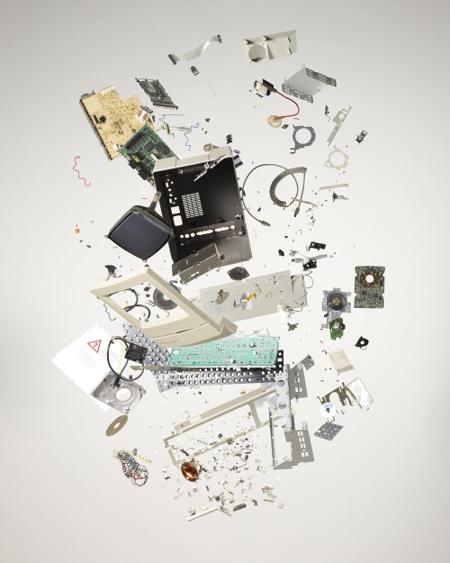 macintosh classic exploded  [todd mclellan]