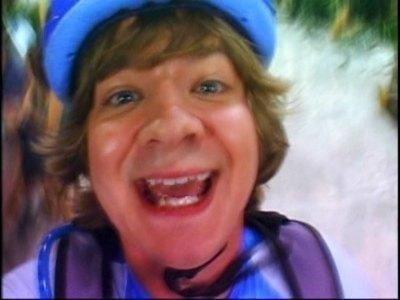 bangniam:  THIS IS JACKSON ROD STEWART HOPPING MY WAY TO HISTORY