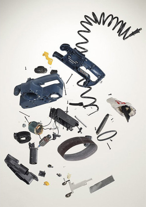 Things Come Apart by Todd McLellan is now available as printed book.
