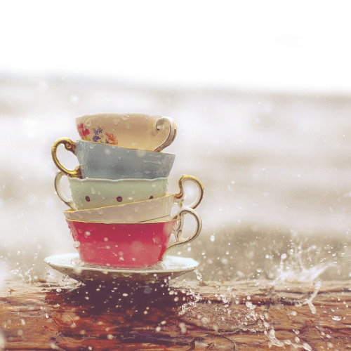 bamboobones:  another cup of tea || a playlist for rainy sundays (listen) +rainymood 1. And If My Heart Should Somehow Stop - James Vincent McMorrow || 2. Autumn Leaves - Ed Sheeran || 3. Blood - The Middle East || 4. A Case of You (Joni Mitchell Cover) - James Blake || 5. Firefly - Ed Sheeran || 6. Flume - Bon Iver || 7. I Can't Make You Love Me (Bon Iver Cover) - Kenny Choi || 8. Food Is Still Hot - Karen O and the Kids || 9. Hazy - Rosi Golan F. William Fitzsimmons || 10. Hello, I'm in Delaware - City and Colour || 11. Holocene - Bon Iver || 12. A Lack of Color - Death Cab for Cutie || 13. Let Her Go - Passenger || 14. Lua - Bright Eyes || 15. Medicine - Daughter || 16. Naked As We Came - Iron and Wine || 17. Night Sky - Andrew Bird || 18. Old Pine - Ben Howard || 19. Permafrost - Laurena || 20. Pouring Rain - Jeff Pianki || 21. Sea of Love - Cat Power || 22. Star Wars and Poetry - High Hopes || 23. Wake Me Up - Ed Sheeran || 24. Where We Land - Ed Sheeran || 25. Zelda's Theme - Koji Kondo