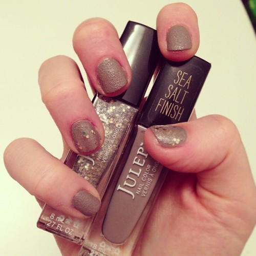 "#Julep mani: Jill shade (textured ""Sea Salt Finish"") with Vivien-topped accent nails."