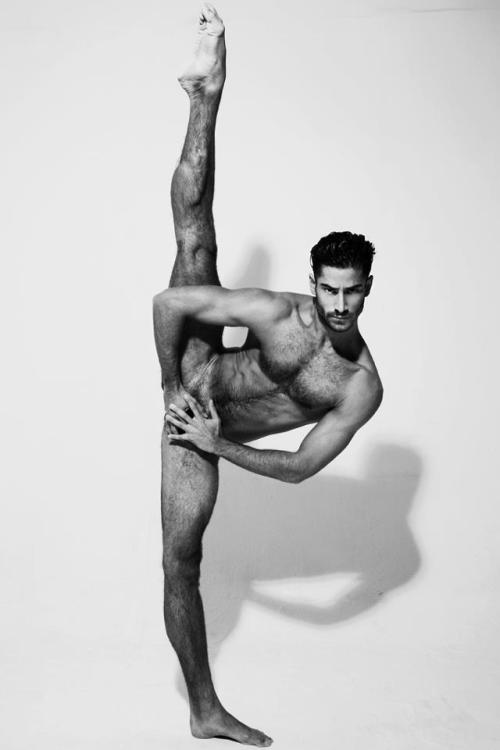 mansexfashion:  http://mansexfashion.tumblr.com/  Jonathan Guijarro   my god ….