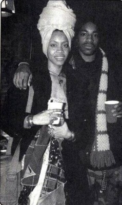 cigarettefilledashtrays:  Badu and Andre