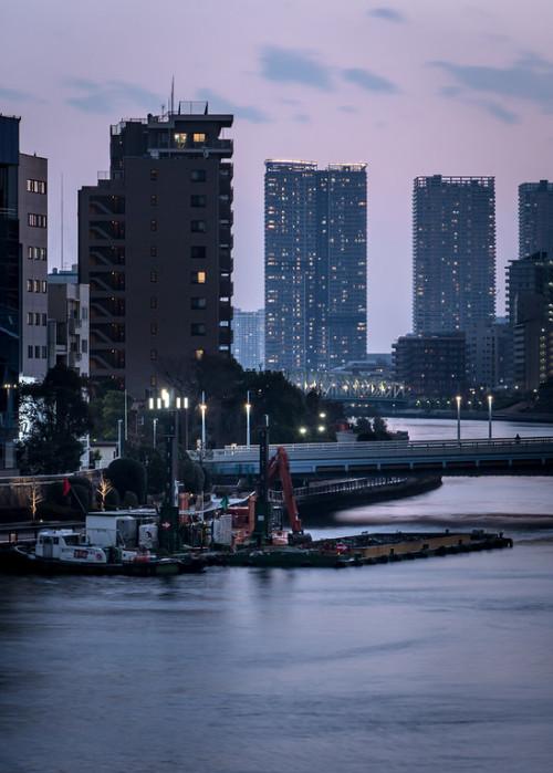 sandman-kk:  Chuo, Tokyo. February 2021. 11929(via 2021-04 - Sandman-KK) #inspo