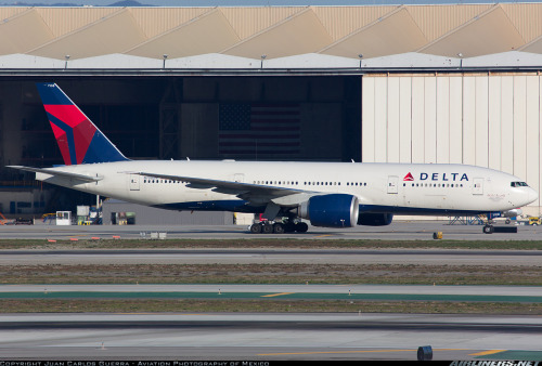 From Hong Kong to Atlanta, this Delta Air Lines Boeing 777-200LR can go anywhere possible at the least possible cost!