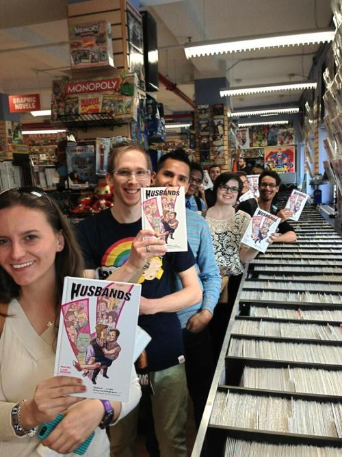 "husbandsfans:  Fans in line at MidtownComics for the ""Husbands"" book signing with Brad Bell and Jane Espenson in NYC - April 9, 2013. Via @MidtownComics -  Great turnout for the @JaneEspenson & @GoCheeksGo @TeamHusbands @DarkHorseComics graphic novel signing! pic.twitter.com/0UJm7I0FQe  Look at all these pretty people holding my art! Woo!"