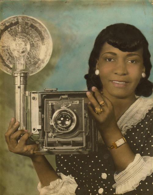 Unidentified Woman with Camera, ca. 1935. Daniel Cowin Collection, International Center of Photography Black History Album, The Way We WereFollow us on TUMBLR  PINTEREST  FACEBOOK  TWITTER