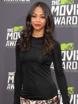 Zoe Saldana keeping it easy and casual - #hair, makeup, and fashion - on the MTV Awards red carpet. Love it! #Cosmo