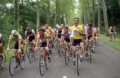 Look at Hinault's shoes. Now look at everyone else's.