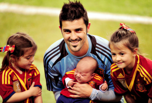 Photo of David Villa & his  Daughter  Zaida Villa González