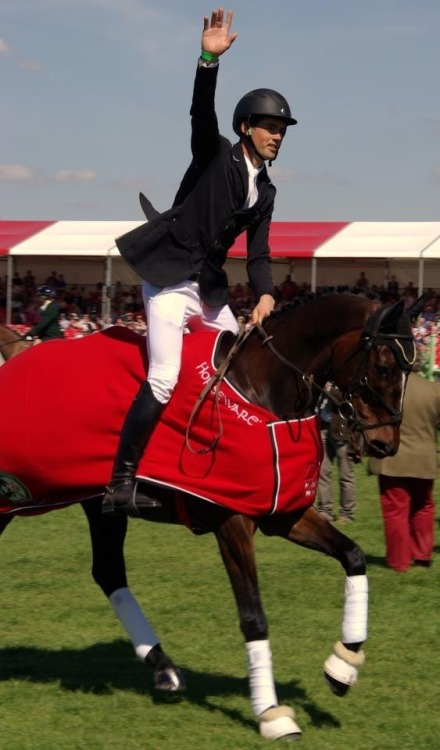 showjumperx:  ridetowin:  Jock Paget won his first go at Badminton!!!!!!! He beat Michael Jung!!!!!!!!!!! Omg I could cry   I love him. He's amazing xD