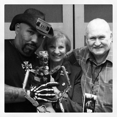 The legendary #BobBurns and KathyBurns letting me hold the one and only original #KingKong. Awe inspiring and priceless. #HorrorFiBigBearFestival #horrormovies