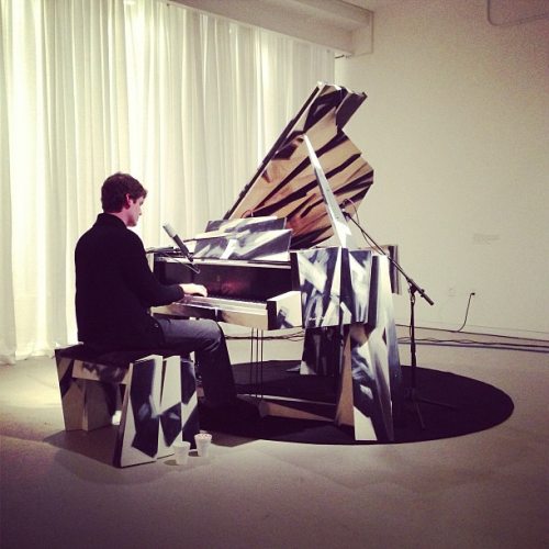 Played a Steinway and sang in Louisville last week. Click the photo to stream the whole performance! Thank you Kentucky Museum For Arts & Crafts and to Jamey See Tai for the photo.
