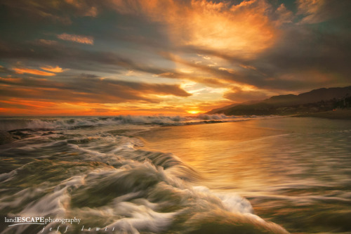 "Turbulence by Jeff Lewis. ""Yesterday's brilliant sunset over the Los Angeles coast!"" Thank You, Jeff! landescapephotography Source: 500px.com"