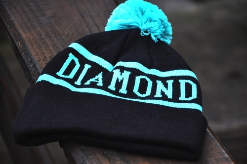 diamond-fresh:  † Follow this DOPE blog †.  † And Subscribe to his facebook† †And follow his twitter†