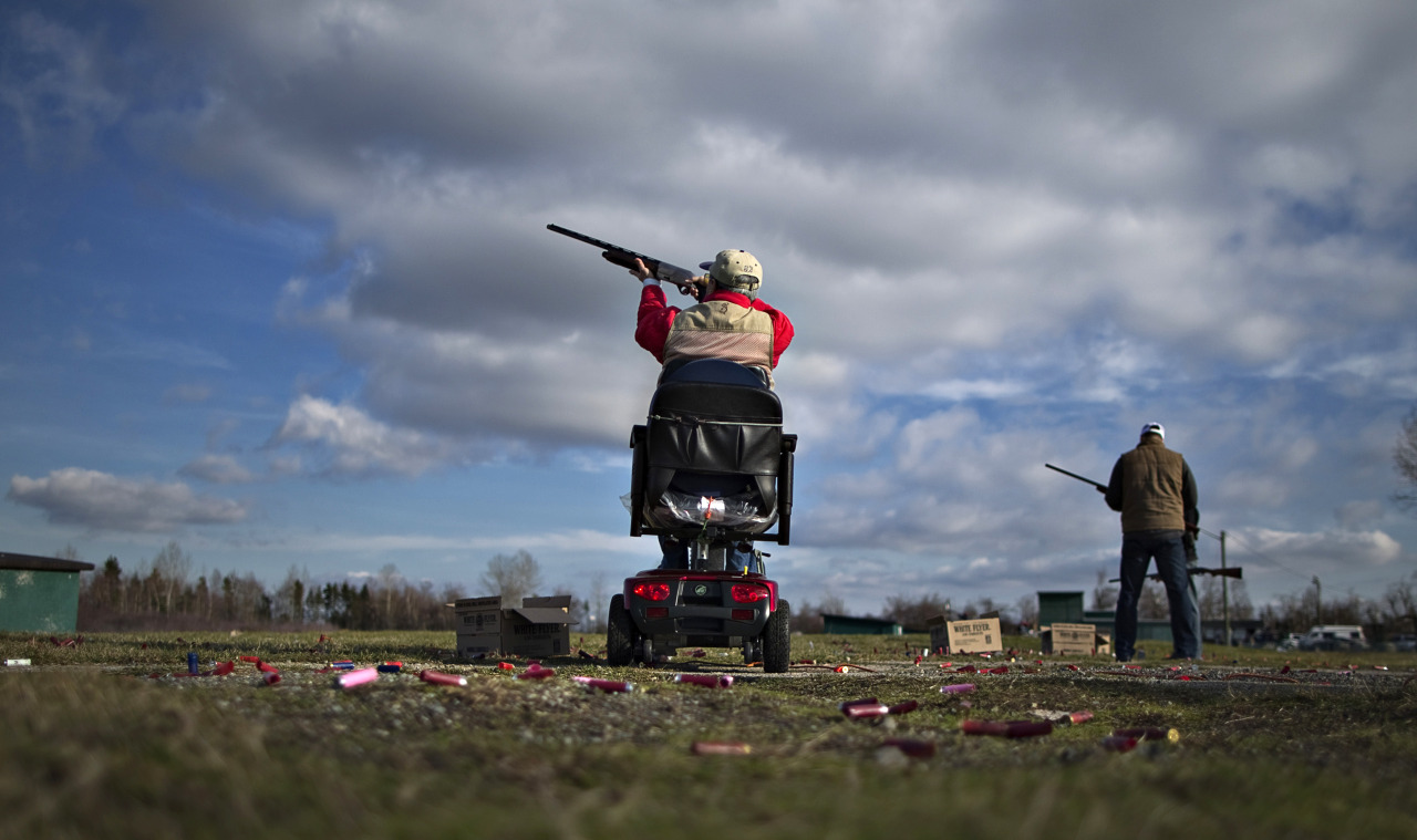 Reuters' photojournalist Andy Clark visited Canada to learn about gun culture in the northerly country.More pictures (slideshow): http://reut.rs/17b0fvG