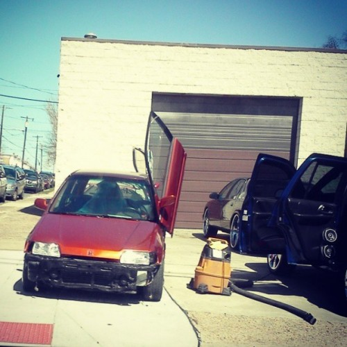 Spring Cleaning.  #DrivebyPhoto #Cars #Modified #Modded #Honda #Civic #Hatchback #TeamHONDA #TeamCIVIC #CivicNATION #Hatchie #Imports #Cleaning #JDM #Classic #Philly #Shop #Philadelphia #Photogenic