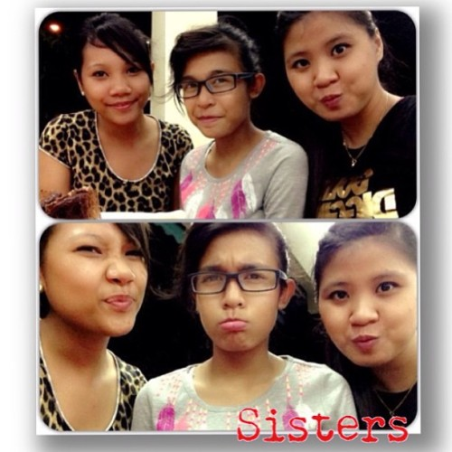 Sisters from different parents. Hee~ *loved* <3 @syafawaniamira  (at Teh Tarik @ Jurong West )