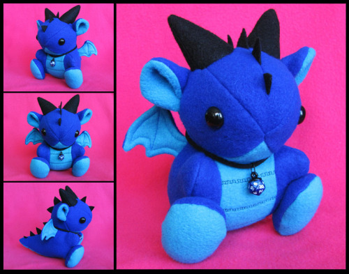 schwimmfisch:  Blue Dice Dragon Plushie by *DragonsAndBeasties