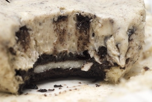 cookies and cream cheesecakes click here for recipe