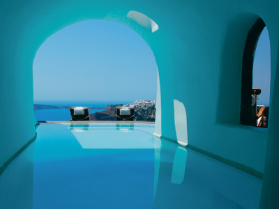 condenasttraveler:  Amazing Private Pools at our Readers' Favorite Hotels | Perivolas, Santorini, Greece
