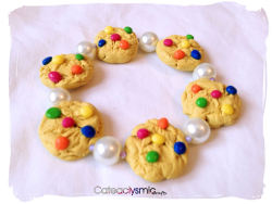 cateaclysmic:  Candy Cookie Charm Bracelet ♥ Cateaclysmic Crafts ♥