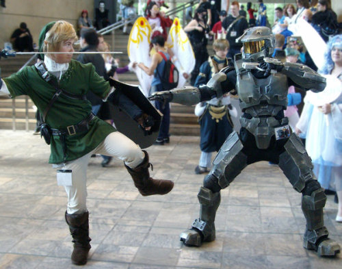 Link vs. Master Chief by Violet Grubs