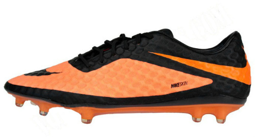 Yeah so Nike are retiring the T90 line and replacing it with this in the summer. The NIke Hyper Venum Phantom. About time too the T90 has been stale for a few years. Some interesting new tech on this, most obviously the skin.