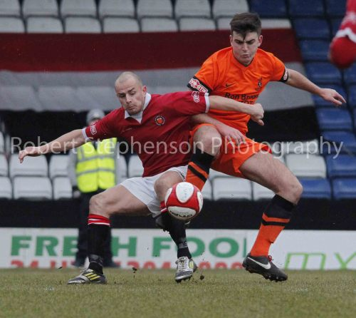 Match action from FC United of Manchester vs Ilkeston FC. Lot more pics for this one as it was quite a big game and lots to Photograph!!