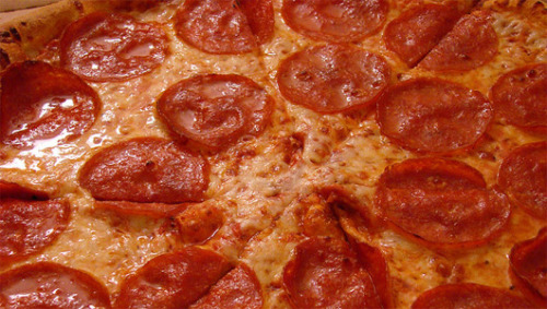 mothernaturenetwork:  NASA funds 3-D pizza printer The proposed pizza would be topped with 'a layer of protein' from animals, milk or plants.