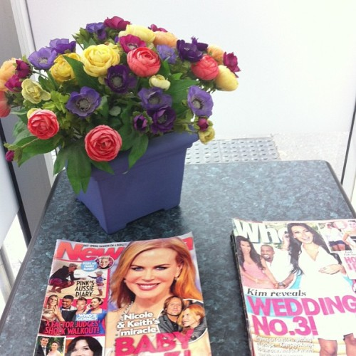 This flower and magazine arrangement at ML Pathology makes me feel better about having blood tested.