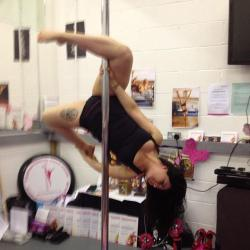 new pole trick ;) attitude in the air holding onto my foot ;)
