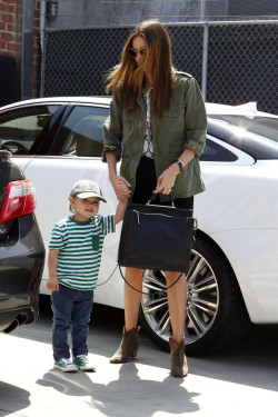 iheartmirandakerr:  Miranda and Flynn arrive at Romp in LA 12.4.13