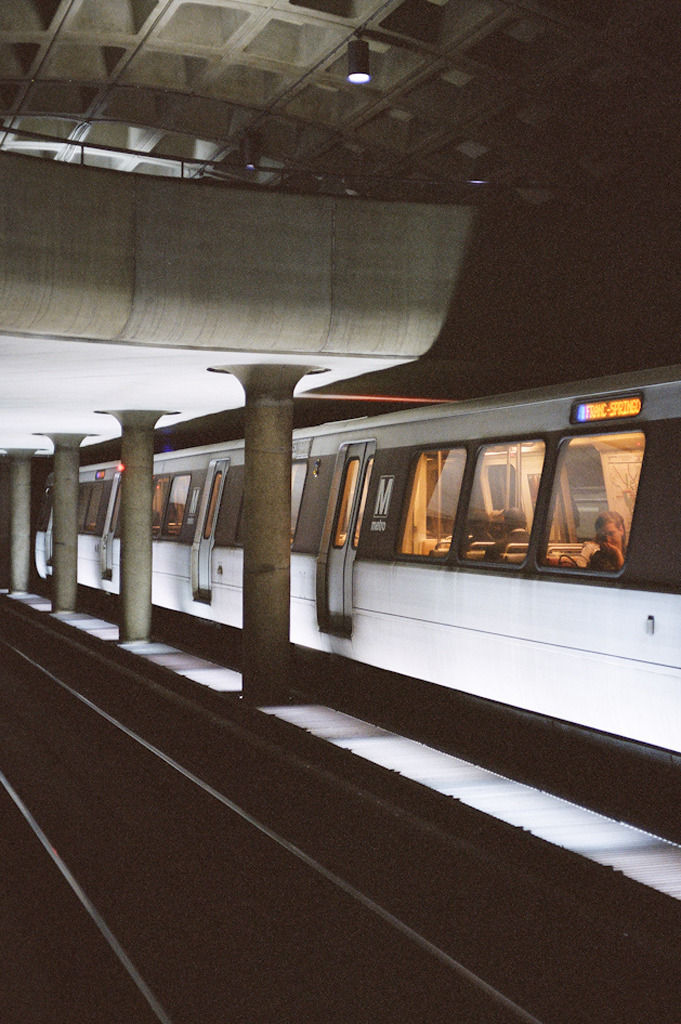 wukay:  Farragut West Metro Station