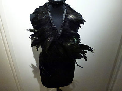 feather collar • ann demeulemeester€120
