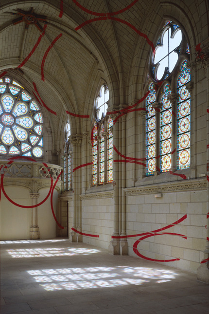 "Encerclement à dix,"" Chapelle Jeanne d'Arc/Centre d'Art Contemporain, Thouars, France, 1999. varini.org via Laughing Squid, Gwarlingo"