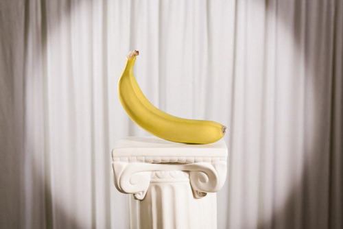 lightning-heart:  Sometimes a Great Banana by WOLF CHOIR on Flickr.  Oh my Banananananananana