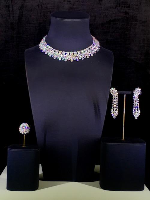 lavieloveandfashion diamonds diamond necklace diamond earring diamond ring diamond set dhamani